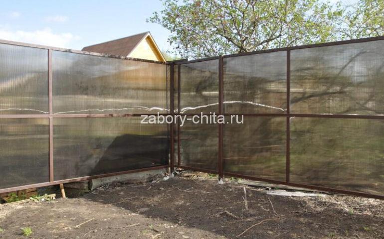 забор из поликарбоната в Чите