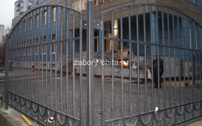 забор из профтрубы в Чите